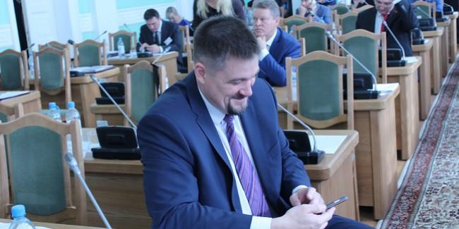 Коммунисты ушли с совещания Омского городского Совета