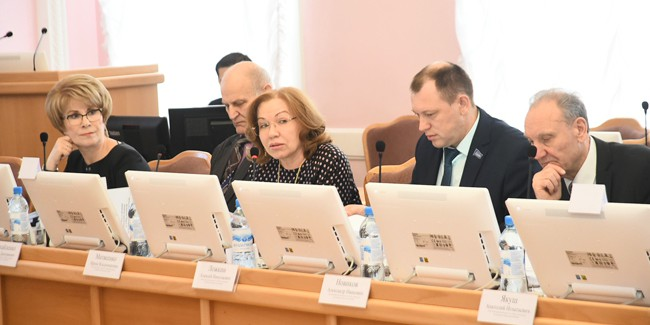Кандидатами в мэры Омска стали 17 человек