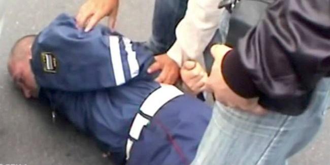 Прошлый полицейский осужден условно вОмской области завымогательство взяток уводителей