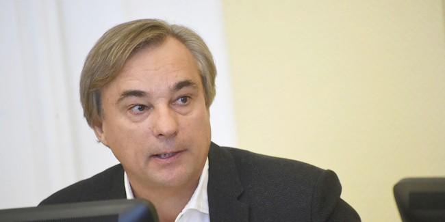 Калинин решил добровольно отказаться от депутатского мандата