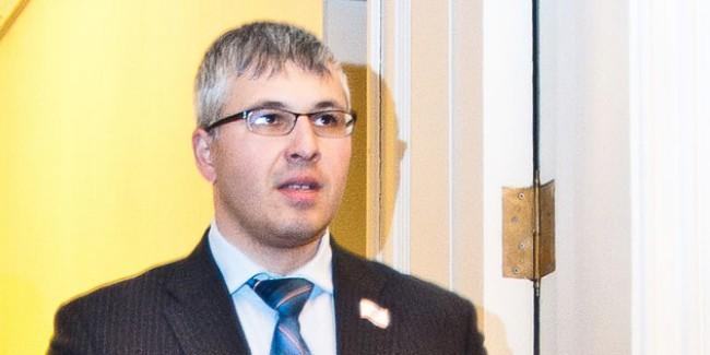 Сбербанк арестовал счета депутата