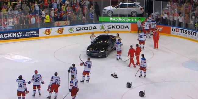 Федерацию хоккея РФ наказали зауход сборной вовремя гимна Канады
