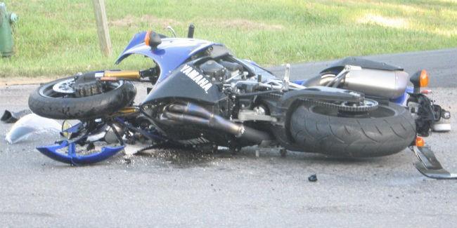 ВОмске шофёр выплатит 1,5 млн руб. засбитого насмерть мотоциклиста