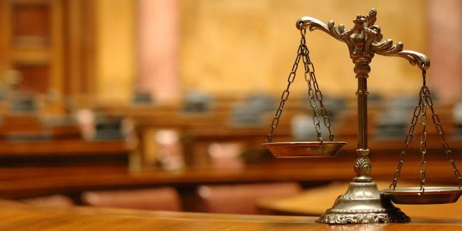 ВОмске будут судить коммунальщицу, повине которой пострадал 4-летний ребенок