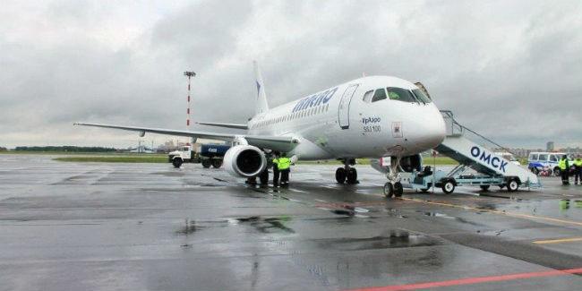 1-ый рейс вОмск вылетел изаэропорта Владивосток