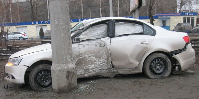 ВОмске 8-летний ребенок пострадал в итоге наезда авто настолб