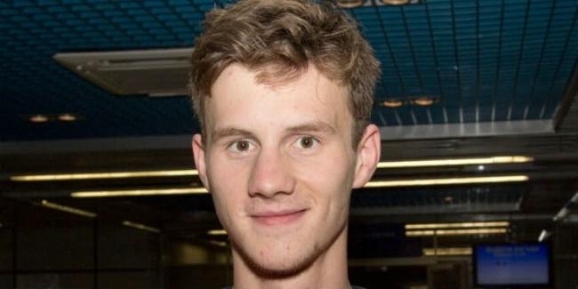 Омич стал двукратным чемпионом мира поплаванию
