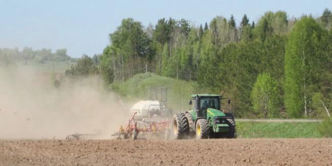 Омские сельхозпредприятия оплатили 1,4 млрд руб. налогов