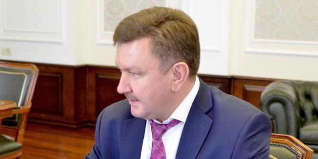 ВОмске дали настоящий  срок экс-полицейскому, который сломал  потерпевшему мочевой пузырь