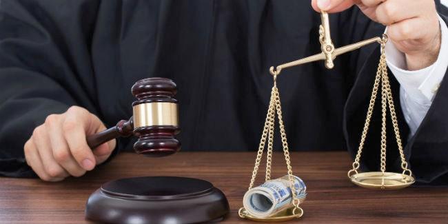 Чиновники изМоскаленского района нелегально предоставили квартиры на8 млн.