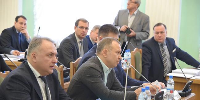 Бюджет Омска на предстоящий 2018 год без склок приняли впервом чтении