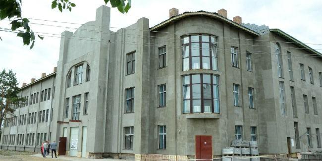 ВОмске определили подрядчика, который достроит «Галёрку»