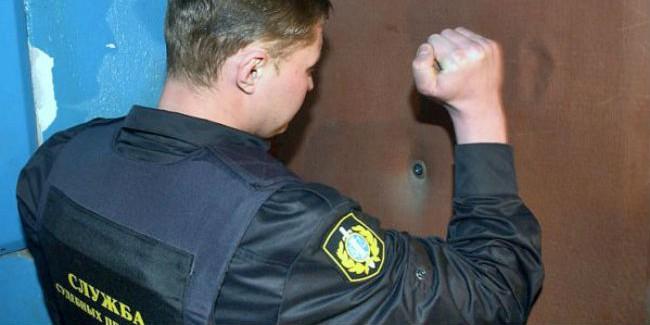 Омич получил условный срок зато, что избил пристава