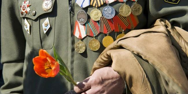 Омские ветераны получат выплаты коДню Победы