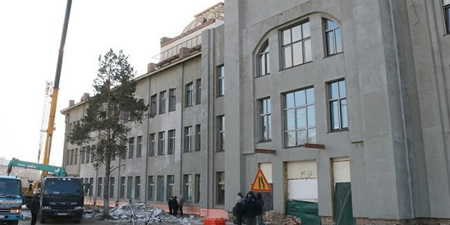 Омской «Галерке» Медведев дал 137 млн.