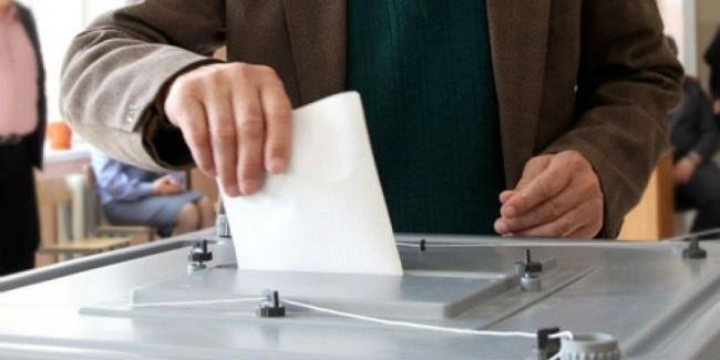 Омский избирком зарегистрировал четырех из 6-ти претендентов напост губернатора региона