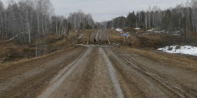 ВОмской области из-за размытой дороги оказались отрезаны семь деревушек