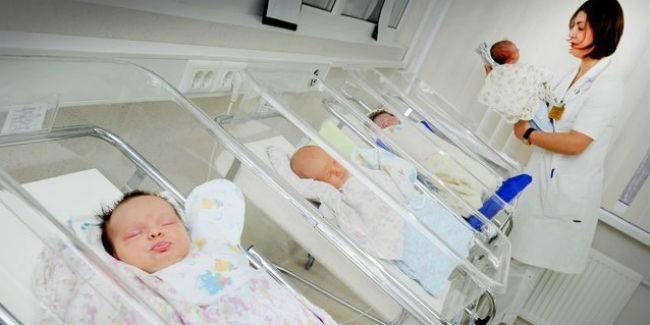 ВОмской области вновогодние каникулы родилось 8 двойняшек