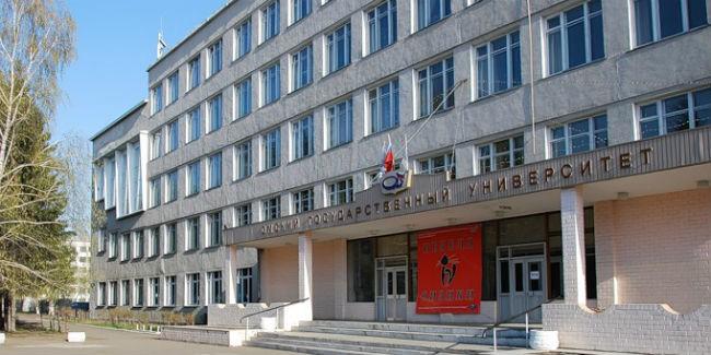 В Омской области продлен карантин в школах на неделю в связи с гриппом и ОРВИ