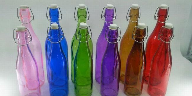 Омский стекольный завод начал производство цветных изделий