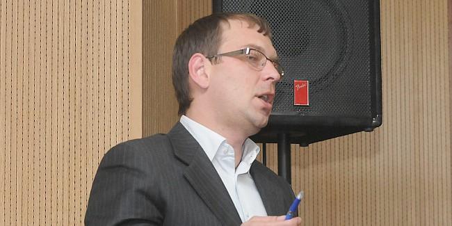 Омские коммунисты покинули совещание Горсовета взнак протеста