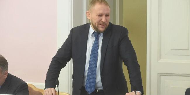 ВОмске народные избранники горсовета отказались торговать троллейбусное депо