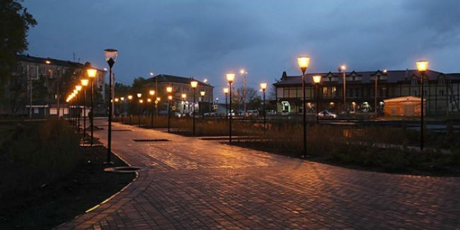 ВОмске на3-й Транспортной начали монтаж светодиодных фонарей