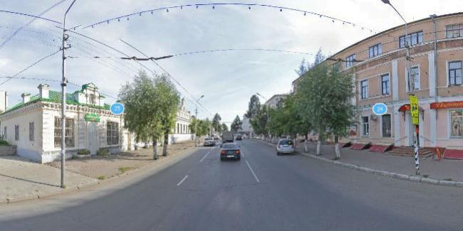 Омских водителей предупредили оперекрытии улицы Ленина