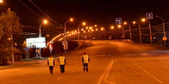 Вцентре Омска, наЛенинградской площади, меняют режим работы светофора