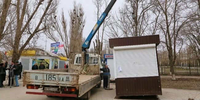 ВОмске отыскали неменее 40 незаконных торговых павильонов