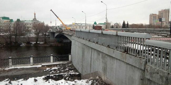 Реконструкция Юбилйного моста: рабочие вынесли сети