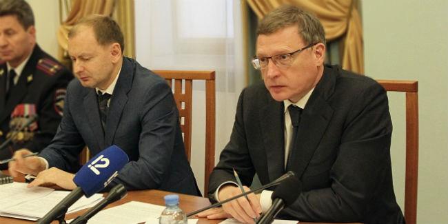 Бурков пообещал выгнать чиновников изтеплых кабинетов