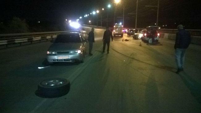 НаГорбатом мосту вОмске столкнулись семь машин