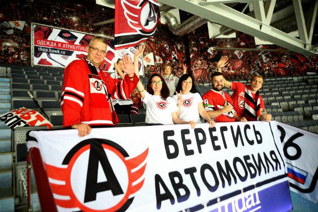 ХК «Авангард» обыграл «Автомобилист» и преждевременно стал победителем мемориала Блинова