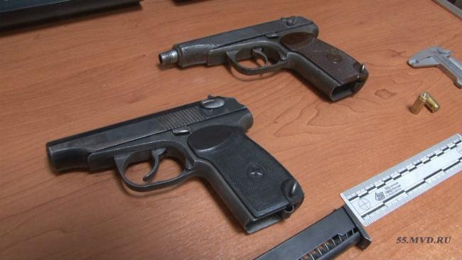 ВОмском облсуде присяжные признали КАДЫРОВА иМУХТОРОВА виновными вбандитизме